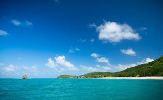 beautiful sea of Antigua